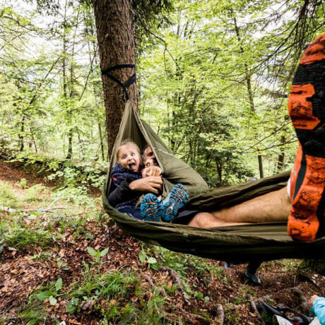 Familien Survival Camp – Notunterkunft